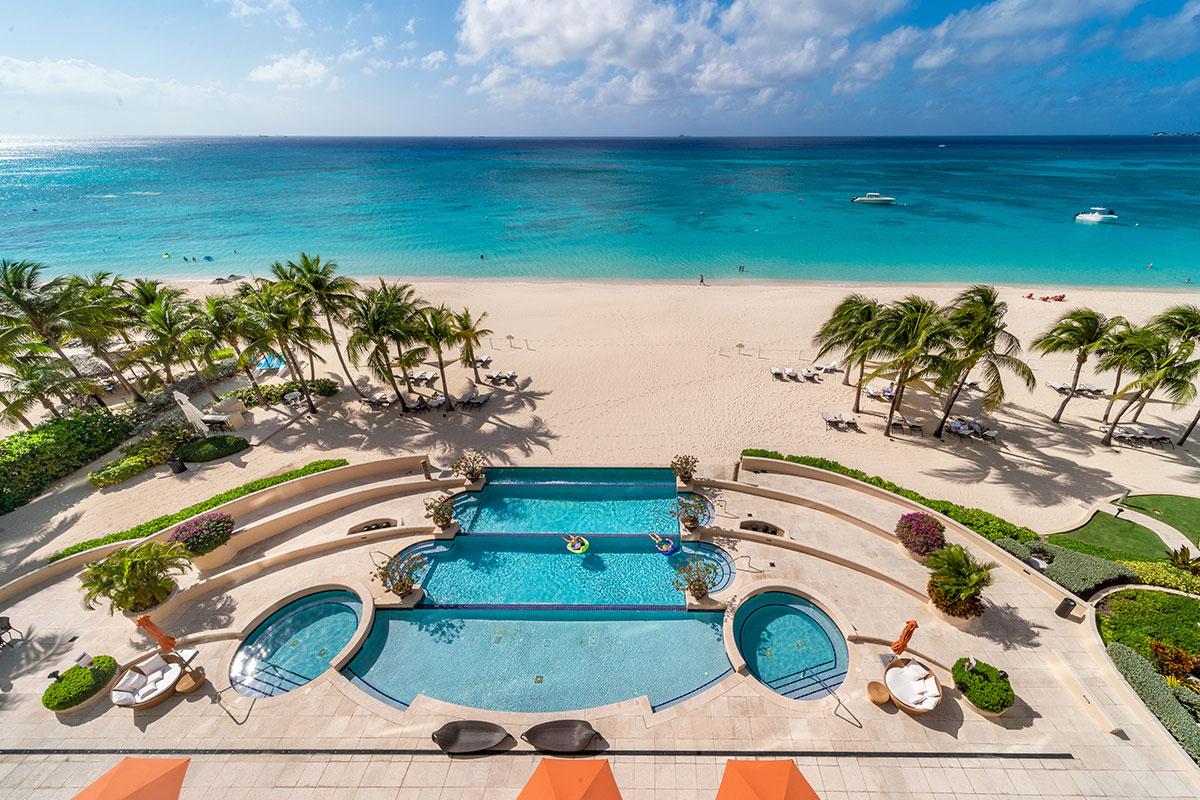 Waters Edge Seven Mile Beach Grand Cayman